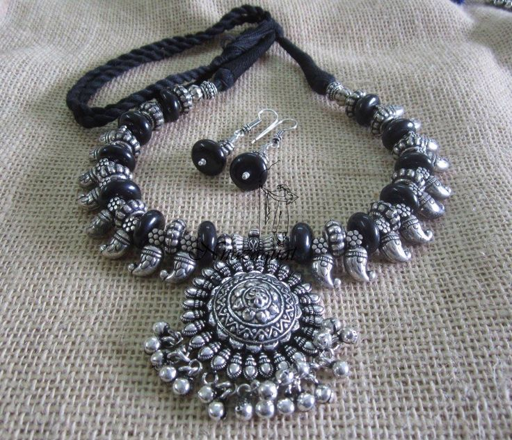 Tribal Necklace by Nnazaquat