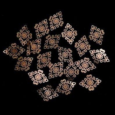 Charlies Nail Art - Swirl diamond nail art decals, £0.75 (http://www.charliesnailart.co.uk/swirl-diamond-nail-art-decals/)
