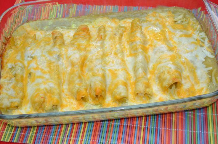 Recipe: Green Chili Chicken Sour Cream Enchiladas. Very tasty and easy receipe.