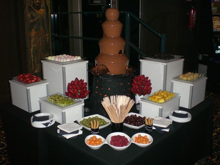 17 mejores ideas sobre bar con fuente de chocolate en pinterest fiesta de fondue fiesta de - Decoracion con chocolate ...