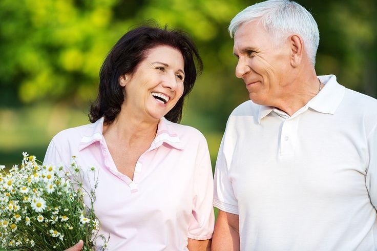 Atrakcyjne, zdrowo wyglądające zęby są ważne dla naszego ogólnego stanu zdrowia i dobrego samopoczucia. Wyglądasz i czujesz się z nimi pewnie, kiedy uśmiechasz się lub śmiejesz z rodziną i przyjaciółmi – zawsze i wszędzie. Mocne zęby pozwalają Ci gryźć to, na co masz ochotę. To bardzo ważne, jeżeli starasz się zdrowo odżywiać.