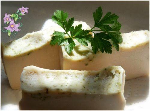 jabón artesanal de perejil