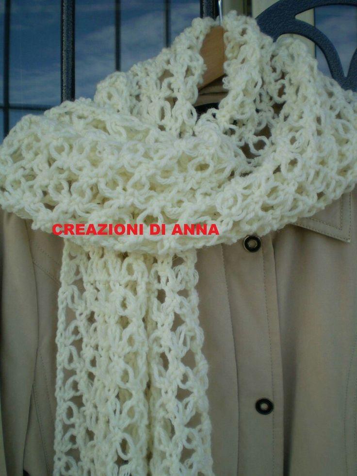 Stola in lana fatta a mano uncinetto