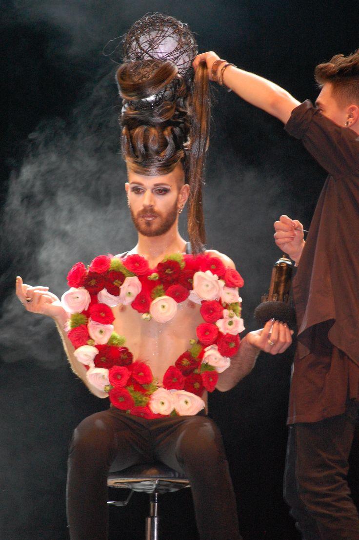 Show floral / coiffure et esthétique au salon Art'Avenir .Thème Glamour. Mars 2015.CFA Blagnac (France).