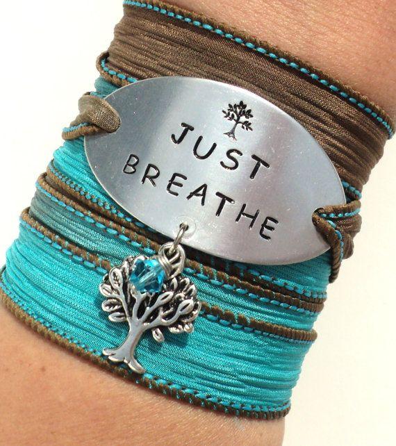 Sólo respirar pulsera pulsera de abrigo por BohemianEarthDesigns