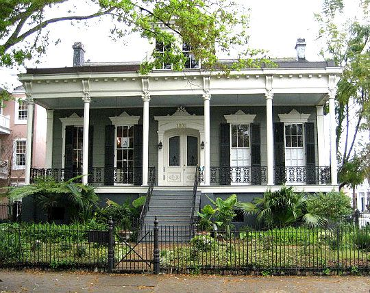 1000 images about new orleans landscaping ideas on Garden district new orleans