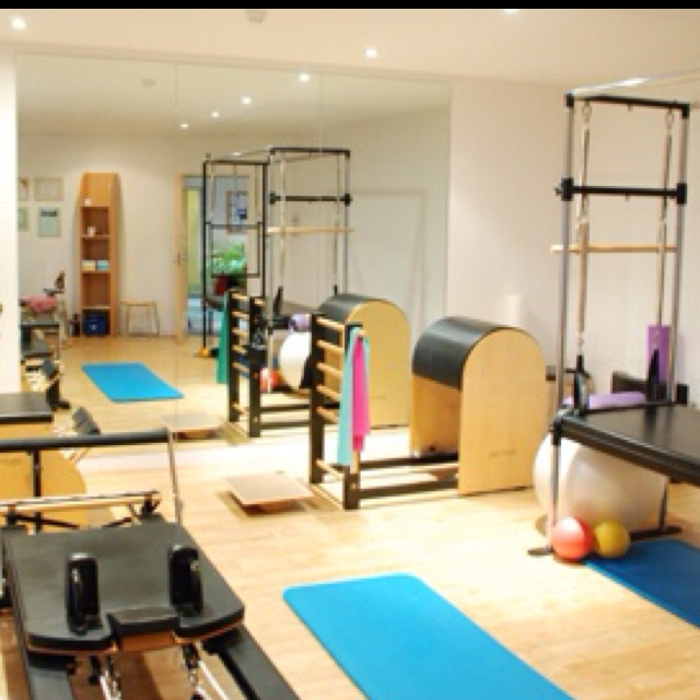 86 best studio inspiration images on Pinterest | Pilates studio ...
