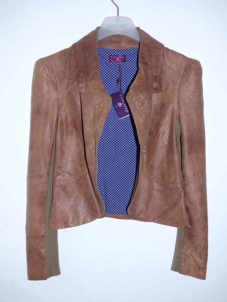 Veste en cuir marron avec capuche
