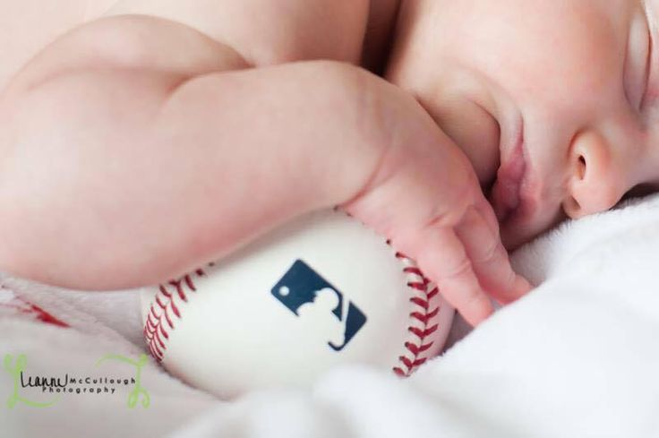 Baseball Wives and Girlfriends • Bryan and Chelsey Morris's kid