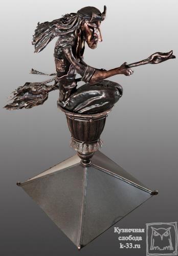 Кованое навершие (украшение крыши) http://k-33.ru/galereya--portfolio2