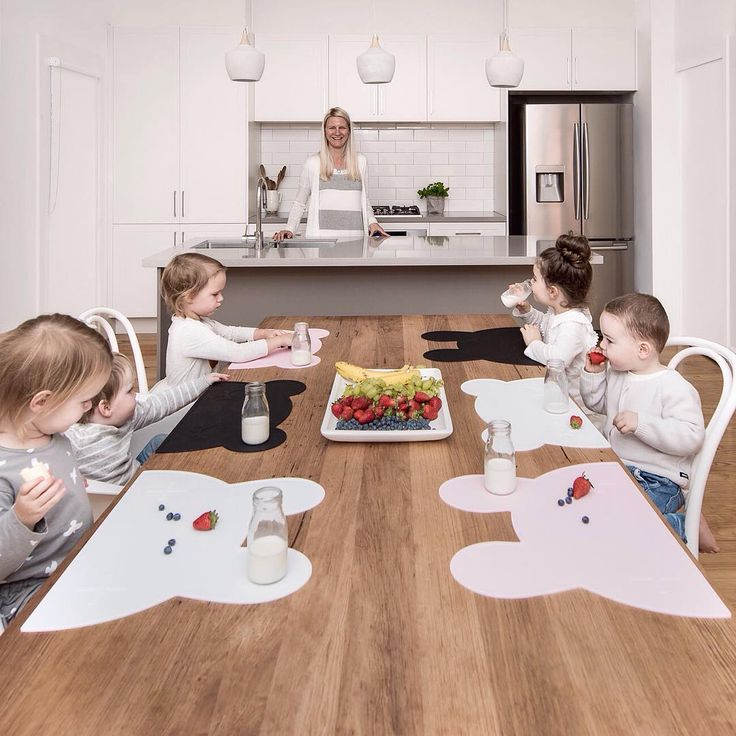 Bear & bunny kids placemats available at bluebrontide.com Make mealtimes…