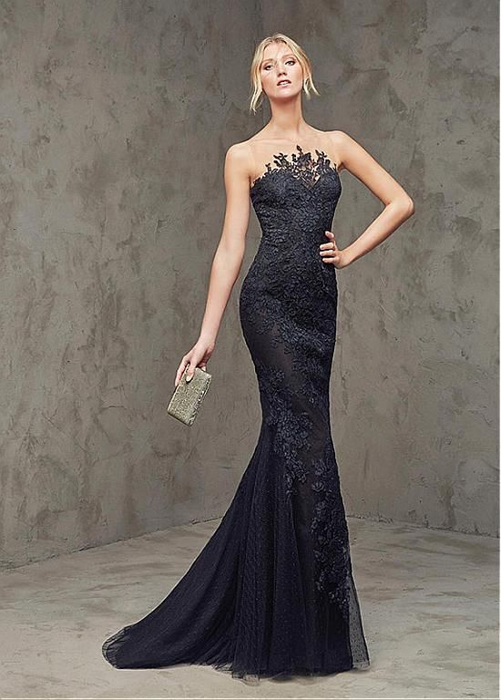 Marvelous Dot Tulle Bateau Neckline Mermaid Evening Dresses with Lace Appliques