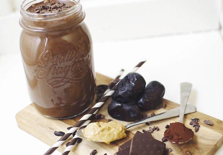 Dessertsmoothie med chokolade og peanutbutter | Costume.dk