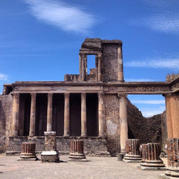 Pompeii Scavi