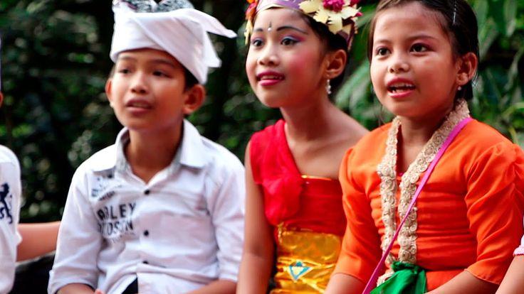 Счастье Детям. Благотворительный фонд помощи детям [Блондинка в путешест...