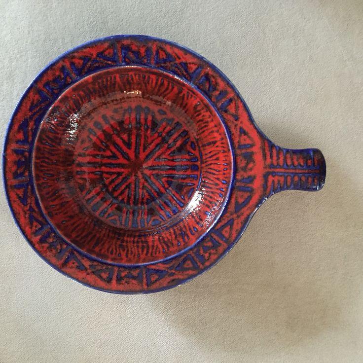 En liten vintage tysk bolle fra Bay, modell 30-17. West German Pottery. Mid Century Modern.