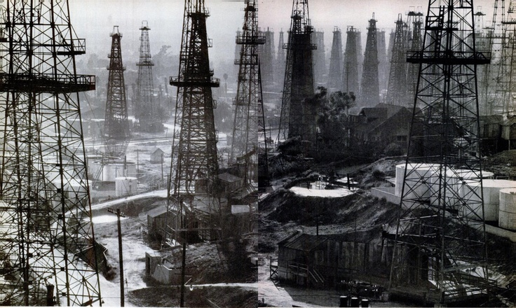 Oil drillers at Signal Hill, California. Photo: Andreas Feininger. LIFE, July 5, 1948.