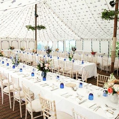 At Sharpham House in Devon there's more than enough room  on their lawn for you to hire in a marquee. Just tap on the link in our bio to find out more about this stunning contryside wedding venue.