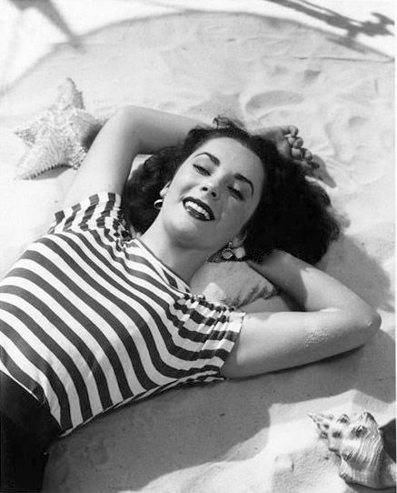 Oh, hello there, I'm Elizabeth Taylor, and I'm the most gorgeous thing that ever existed.