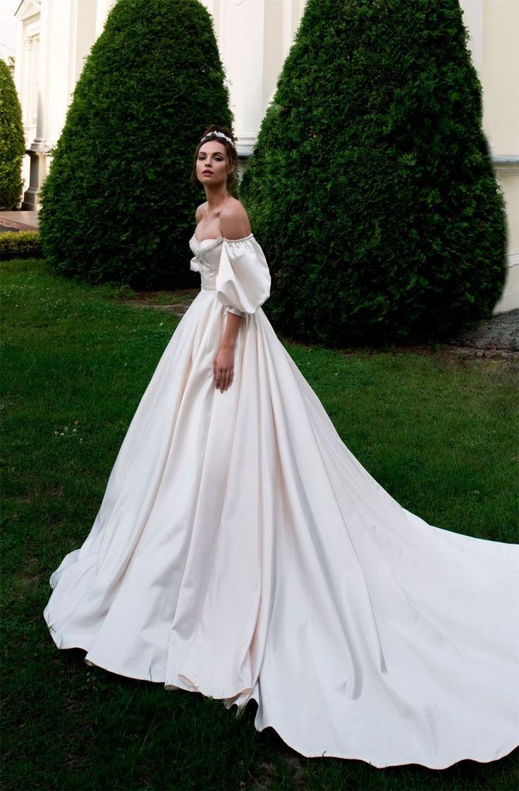 Off the shoulder sweetheart neckline ball gown a line wedding dress chapel train . For a winter wedding, wear a stole, wrap or capelet and elbow length gloves to keep your arms, shoulders and neck warm while traveling between venues.