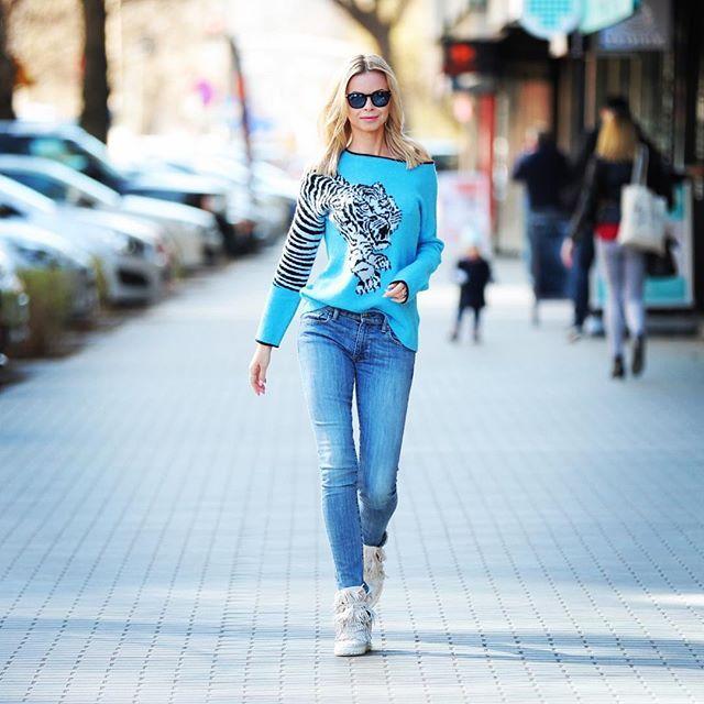 #ootd #dailyootd #olfaktoriaootd #polishgirl #blondegirl #selfie  @casadei bardzo podobne  bit.ly/2xJxA27