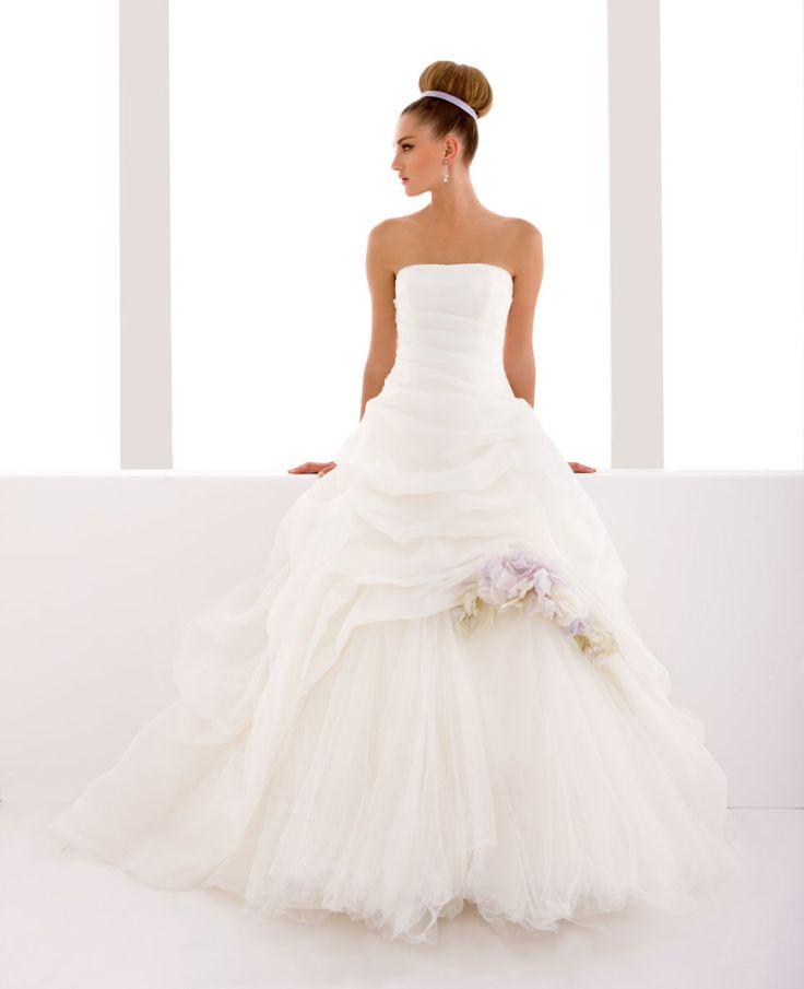 Model: Lauretta - Collezione Chanel di Gloria Saccucci Spose