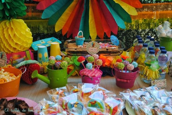 Fiestas y cumplea os ideas decoraci n tropical verano - Ideas para cumpleanos en piscina ...