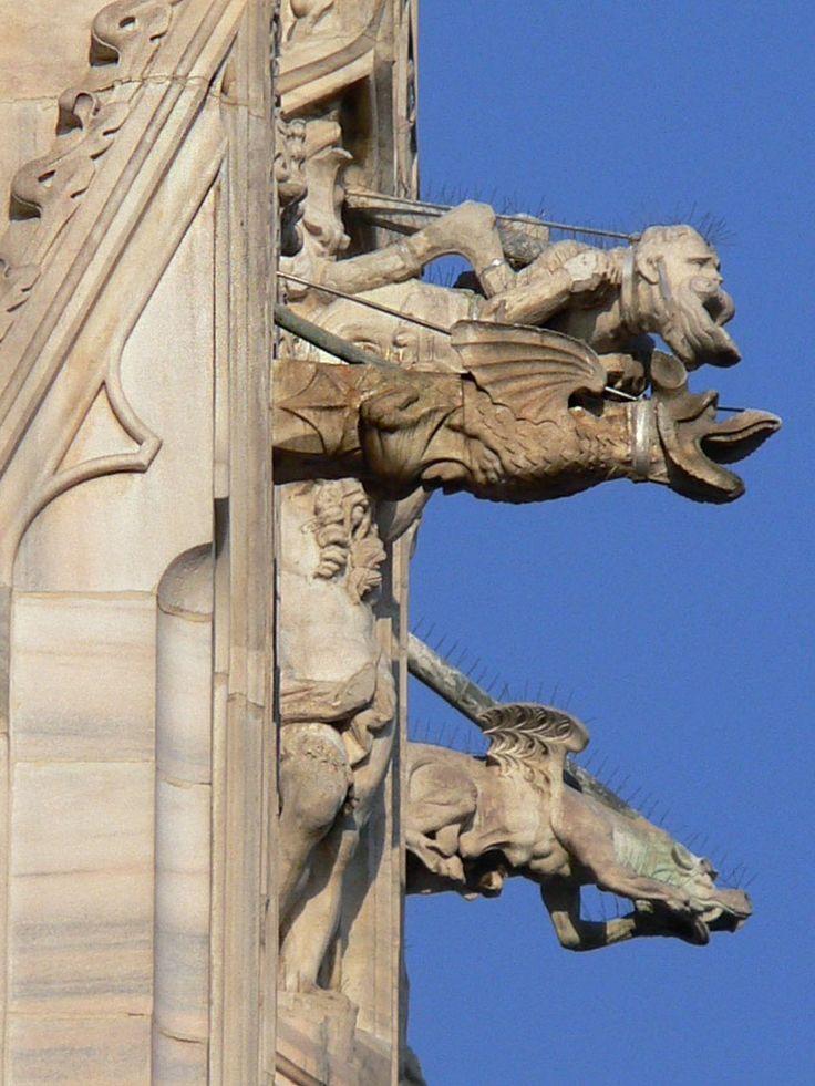 Doccione_del_Duomo_Milano_8.jpg (immagine JPEG, 850×1134 pixel)