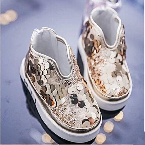Купить товарОсень дети дети обувь причинно обувь квартиры шитьё блёстки лёгкие девочки принцесса спортивная обувь кроссовки до щиколотки bootsC 551 в категории Спортивная обувьна AliExpress.