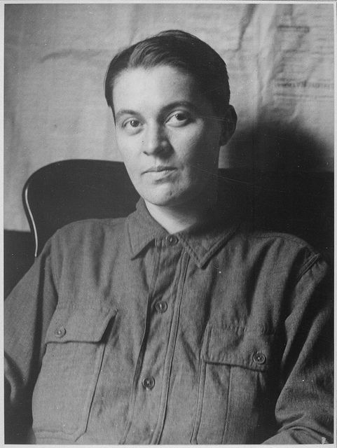 Hazel Carter (d. 1918) cut her hair, dressed in an Army uniform, and boarded a troop train and eventually a ship to France as a man, to follow her husband into war. She was discovered, sent home, and died in the worldwide flu epidemic, while John Carter was still overseas.