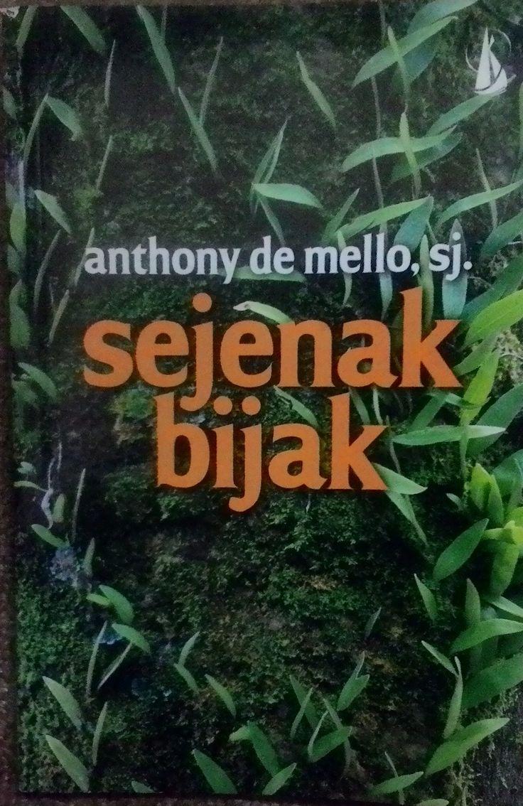 """Sejenak Bijak"" Anthony De Mello, SJ #buku #sewabuku #perpustakaan"