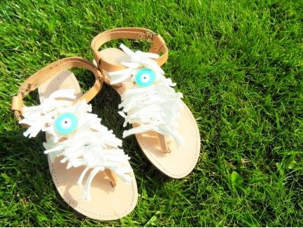 Eye charm Sandals