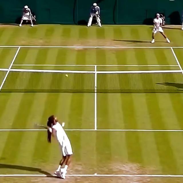 Casual as usual, Brown vs Nadal! 🎾👊🏻 #tennis #etennisleague #tennismatch #nadal #wimbledon #rafanadal #niketennis #tennisball #tenniscourt #etennisleaguenation #tenis #tennisvideo #tenis🎾 #tennista #brown #tennispro #instatennis #tennistime #tennislife #wimbledonmatch