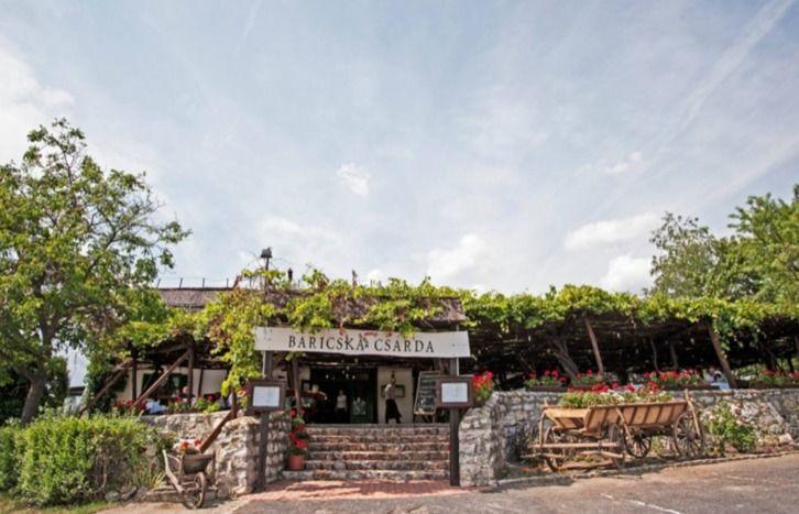 Ősszel is nyitva tartó étterem--Baricska csárda--Balatonfüred