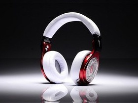 Monster Beats By Dr. Dre Pro Diamond High Performance White Red