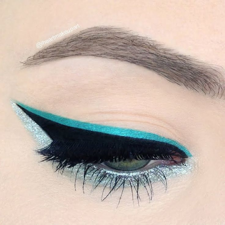 Be brazenly alluring in triple extended liner on your night out. Add a pop of teal gel liner and glitters for supreme texture. Make this look yours with these makeup essentials.