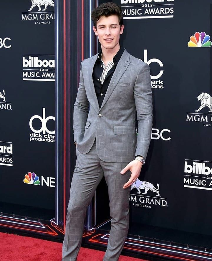 9bddede7f2d Shawn Mendes is styled in The Kooples suit for the Billboard Music Awards
