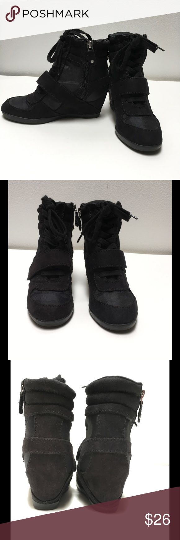 Simply Vera by Vera Wang Black Wedge Sneaker Simply Vera by Vera Wang Black Wedge Sneaker with padded tongue and collar cushioning. Also includes velcro strap  Heel: 3 in wedge No box  Only used a few times Simply Vera Vera Wang Shoes Wedges