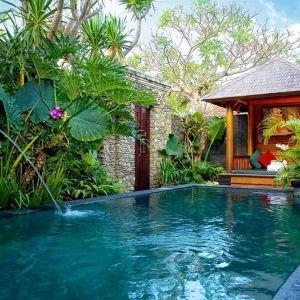 バリ島・スミニャックにはリゾート地ならではのホテルがたくさん。インドネシア 旅行・観光におすすめのスポット!