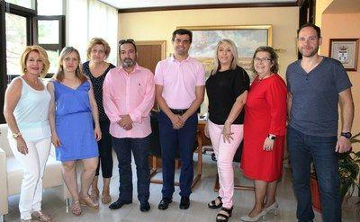 NUEVA JUNTA DIRECTIVA DE LA ASOCIACIÓN PROVINCIAL DE PELUQUERÍA DE ALBACETE  Asociación Provincial de Peluquería de Albacete Ayuntamiento de Albacete Comercio de Albacete