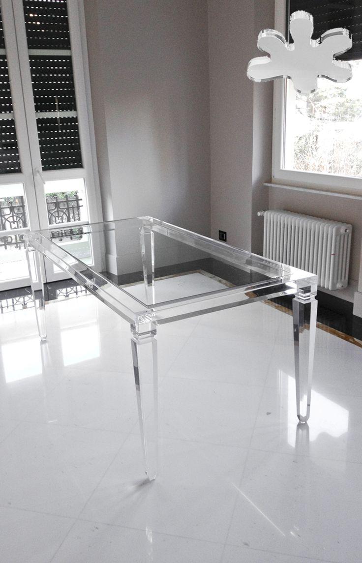 Acrylic interiors - Lucite Acrylic dining table - TAVOLI PRANZO IN PLEXIGLASS   Tavolo trasparente in plexiglass 01.mod. LV1   Tavolo plexiglass cm.180 x 90 h.76 - telaio sp.mm.60 - gambe sez.mm.80 #lucite #design #homedecor #acrylic