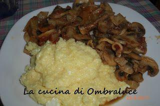 """La cucina di Ombraluce: """"Spezzatino"""" di cavolo rapa ai funghi con polenta ..."""