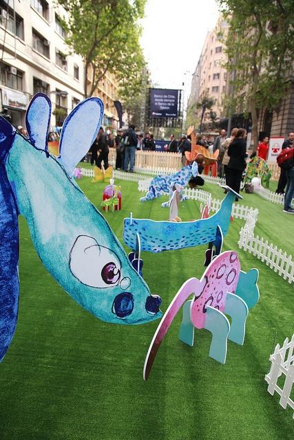 """Durante el 2012, los distintos Talleres de Arte se """"tomaron"""" distintos espacios públicos con SUPERARTE: Color Animal"""