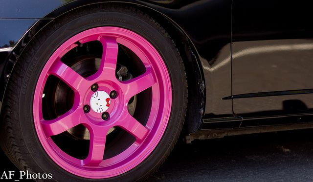 She especially likes that the spokes on the rims have different Hello Kitty expressions including a normal expression, a surprised expression and a winking Kitty. Description from kittyhell.com. I searched for this on bing.com/images