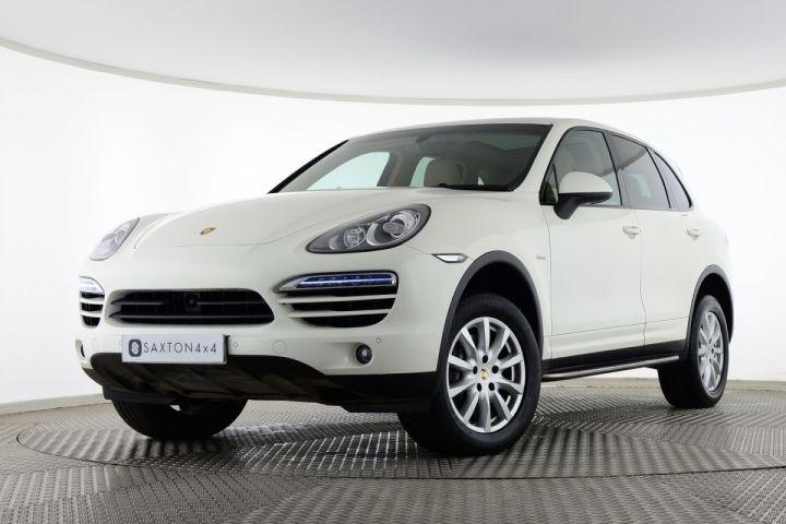 Used Porsche Cayenne D V6 TIPTRONIC White for sale Essex WN61UGW | Saxton 4x4