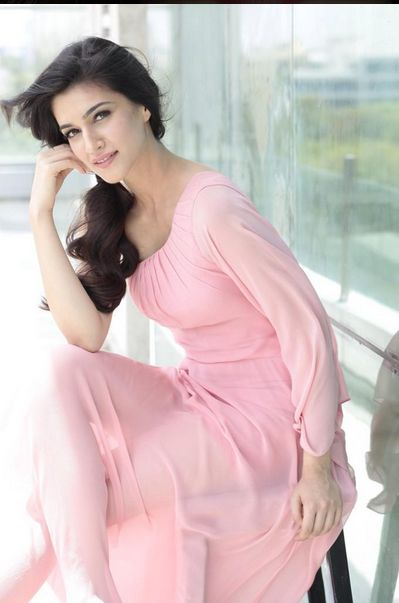 acters and actresses Bollywood news and gossip - get latest bollywood and celebrity news, bollywood movie reviews, trailers and promos explore bollywood actors and actress photos, videos.