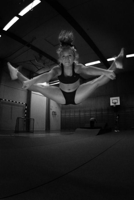 over toe touch