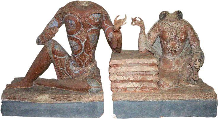 Sarcophagus cover: princely couple. Painted terracotta. Fundukistan, Niche E, sixth-seventh century. Kabul Museum. http://warfare.meximas.com/6-10/Fondukistan.htm