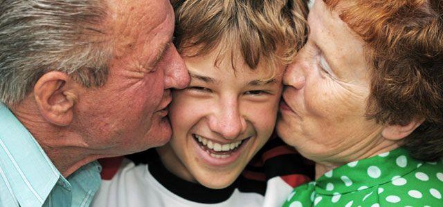 Tips for Grandparents Raising Grandchildren - http://www.socialworkhelper.com/2015/03/02/tips-grandparents-raising-grandchildren/?Social+Work+Helper