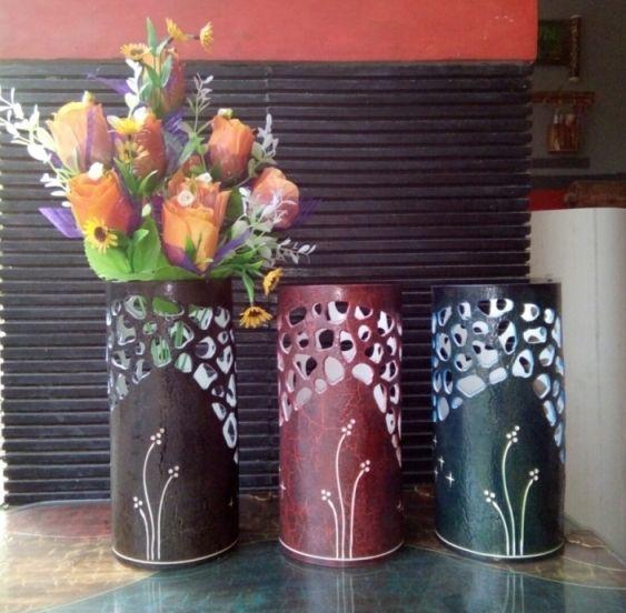 """Vas Bungan Bulat Paralon Bakar 4"""" dengan bahan PVC"""